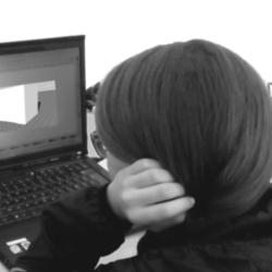 """Le """"White Cub"""" dans le cadre des ateliers pour enfants de """"dessine-moi un robot !"""""""